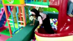 Indoor playgrounds for kids - Arena bermain dalam ruangan untuk anak-anak - Ara di Mega Mall Bekasi