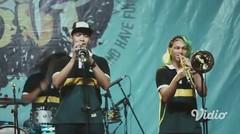 """TERLANJUR CINTA (Live at Souljah """"Bebas-bebas Aja"""")"""