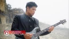 Baim - Bertahan (Pop Music Video Official NAGASWARA)