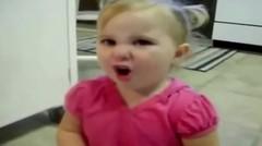 Video lucu bayi imut | tingkah konyol bayi yang bikin gemes