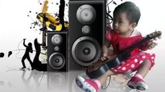Baby Raesha Joget sama Upin Ipin