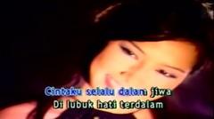 Kahitna - Setahun Kemarin (Official Karaoke Video)