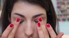 Mau secantik Anne Hathaway? Seperti ini nih tutorial makeup nya.