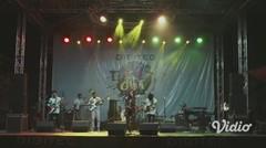 """JANGAN PERGI (Live at Souljah """"Bebas-bebas Aja"""")"""