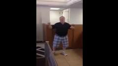 Kakek-Kakek Negep Dan Breakdance