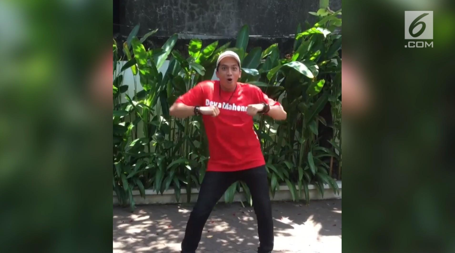 Aksi Konyol Selebritas Lakukan Jomblo Dance Challenge