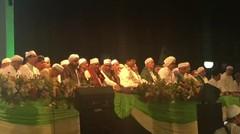 Prabowo dan Habib Syeikh Peringati Malam Tahun Baru Islam di Tugu Pahlawan Surabaya