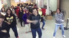 migme Malaysia does Shae's gojigo dance