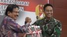 Menteri ATR_BPN serahkan 5 sertifikat tanah ke TNI AD