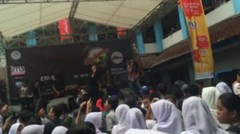 The Ikan Bakars Live Performance