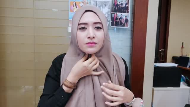 Tutorial Hijab Pashmina Simple Untuk Remaja 2019 Hijabfest