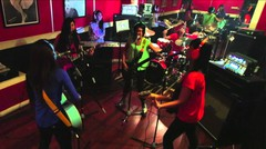 AKB 48 - JKT 48 - Baby! Baby! Baby! (@juwitaband cover)
