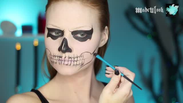 Make Up Halloween Simple Hijab.Boo Spooky Face Tutorial Make Up To Looks Like Zombie