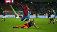 KOCAK!! Spider-man Di Tengah Lapangan Saat Pertandingan West Ham VS Manchester City FA-CUP [Parodi Pinalti]