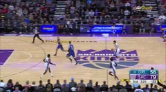 Best of De'Aaron Fox Creative Transition Dunks from his Career Thus Far