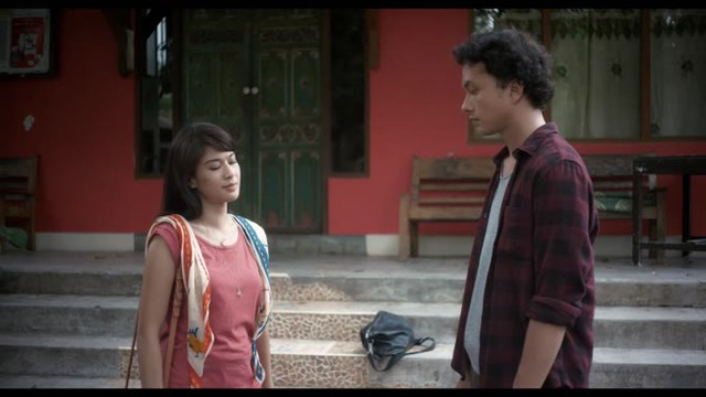 Nonton Ada Apa Dengan Cinta 2 - Vidio Premier - Vidio.com