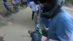 pembalap sepeda moto keren sekali