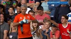 Momen Kesombongan Jose Mourinho Saat Jadi Kiper TANPA Sarung Tangan. Lihat Yang Terjadi!