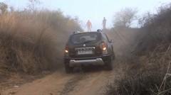 Penjelajahan Offroad dengan XUV-500 AWD, Duster AWD, Storme 400, Fortuner, Mobil Mogok Di jalan