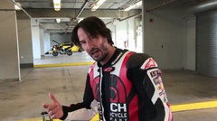 Honda RVF750R RC45 Laps With Keanu Reeves And Jake Zemke