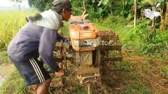 Akibat Mesin Diesel Traktor Rusak Jadi Susah Ngidupinnya