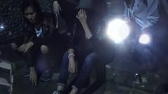 Barris - Bukanlah Nyata [Official Music Video]