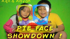 Bermain PIE FACE SHOWDOWN !