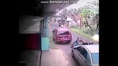 10 Kejadian Kecelakaan Di Jalan Yang Terekam CCTV