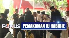 Haru! Prosesi Tabur Bunga di Makam Alm. BJ Habibie Oleh Keluarga dan Kerabat - Selamat Jalan BJ Habibie