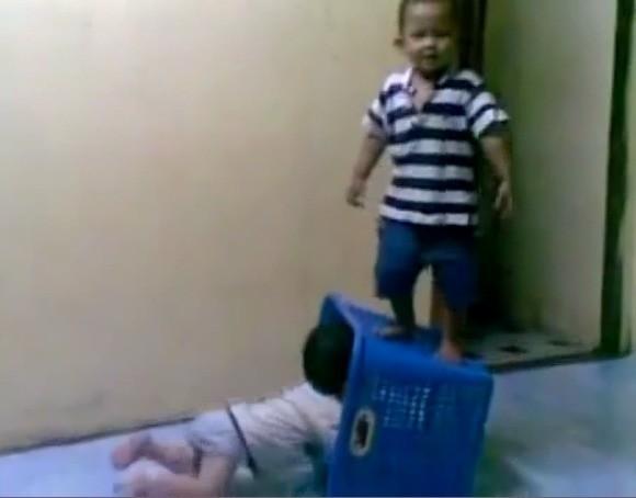 Download 83 Gambar Lucu Anak2 Paling Lucu