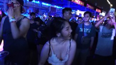 Dance Better - Three Taiwan Girls are going Crazy in the Crowd