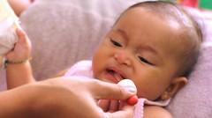 imunisasi bayi lucu umur 4 bulan - baby immunization