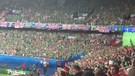 Fans Irlandia Utara & chant Will Griggs On Fire bikin merinding