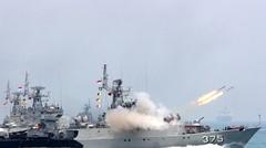 Pertempuran sengit kapal perang TNI AL dan Belanda di tengah laut