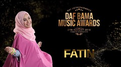 Fatin Shidqia Lubis live on stage at the Daf Bama Music Awards 2016.