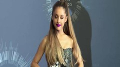Ariana Grande vows to stay single in 2019