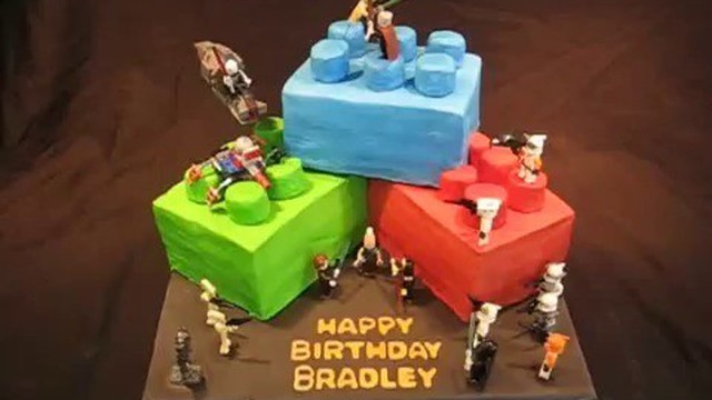 Lucu Kue Ulang Tahun Berbentuk Mainan Lego