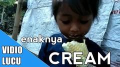 Video lucu, Anak lucu saat makan es krim.enaknya Makan Es Krim