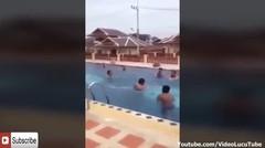 Video Lucu Asli Bikin Ngakak Sampe Guling-gulingan