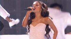 Ariana Grande - Focus (Live at AMAs)