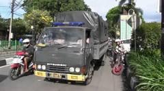 Tak Berkesudahan   Ojek Online vs Angkot Bogor   MENHUB harus segera MENENGAHI