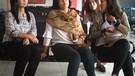 Sang Tante Menunggu Vanessa Angel Bebas Dari Rutan Medaeng