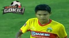 Tendangan Gledek Fandi Eko Utomo pada Laga Bhayangkara FC Vs Semen Padang