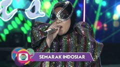 "Melly Goeslaw Ajak Meli-Putri-Nia  ""Let's Dance Together"" 