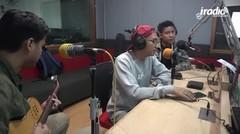 RAN - Pandangan Pertama (LIVE di 89.6 IRadio FM)