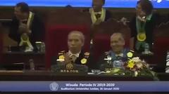 Rektor hingga Mahasiswa Joget Bareng, Wisuda Universitas Jember Ambyar!