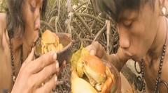 Suku Primitive Borneo Adventure Makan Kepiting Bakau Lahap Didalam Hutan Enak & Lezat