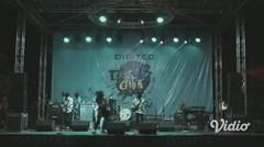 """LEPASKAN (Live at Souljah """"Bebas-bebas Aja"""")"""