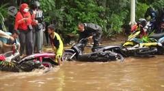 Jalan TB Simatupang tergenang banjir, kendaraan tidak dapat melintas