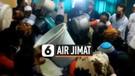 Berebut Air Jimat Keraton Kasepuhan Cirebon